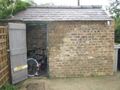Pheasant lockable cycle shed